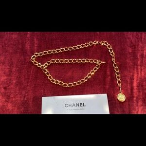Chanel gold chain link belt with medallion